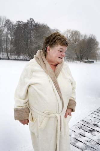 Carola – winter swimmer at Oranke Lake, Berlin Hohenschönhausen
