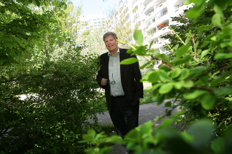 Bernd Brueckner – former bodyguard of Erich Honecker runs his own Security Firm in Berlin Marzahn