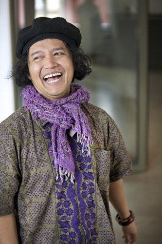 Andrea Hirata – Indonesian writer at Hanser Publishing House, Berlin